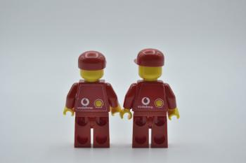 Preview: LEGO 2 x Figur Minifigur F1 Ferrari Engineer Kappe rac032s aus Set 8144 8673