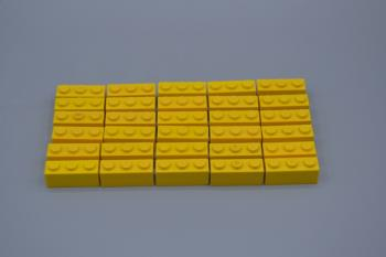 Mobile Preview: LEGO 30 x Basisstein 1x3 gelb yellow basic brick 3622 362224